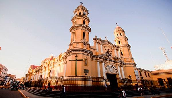sitios turísticos de Piura